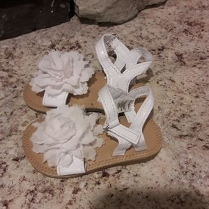 Baby girls sz 4 floral white sandals